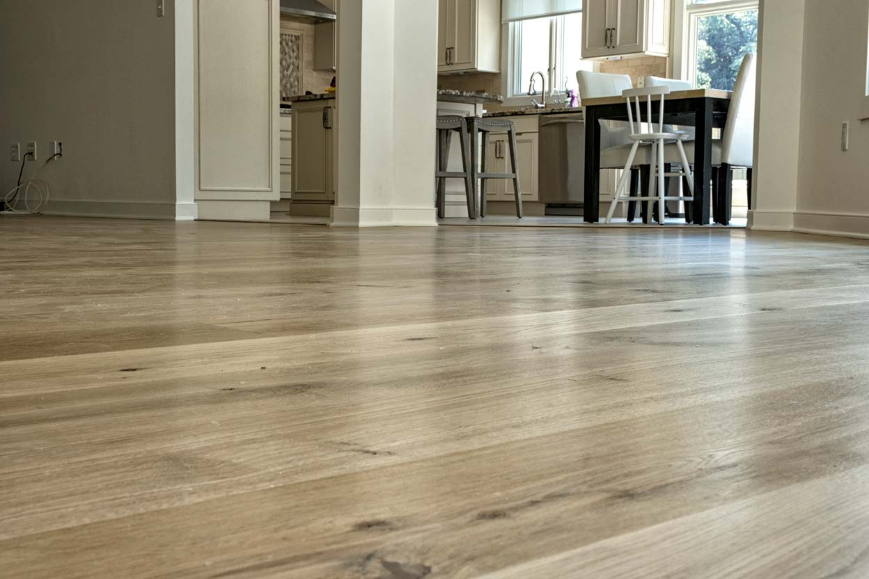 Site Finished-wide-plank,-French-white-oak-(2)