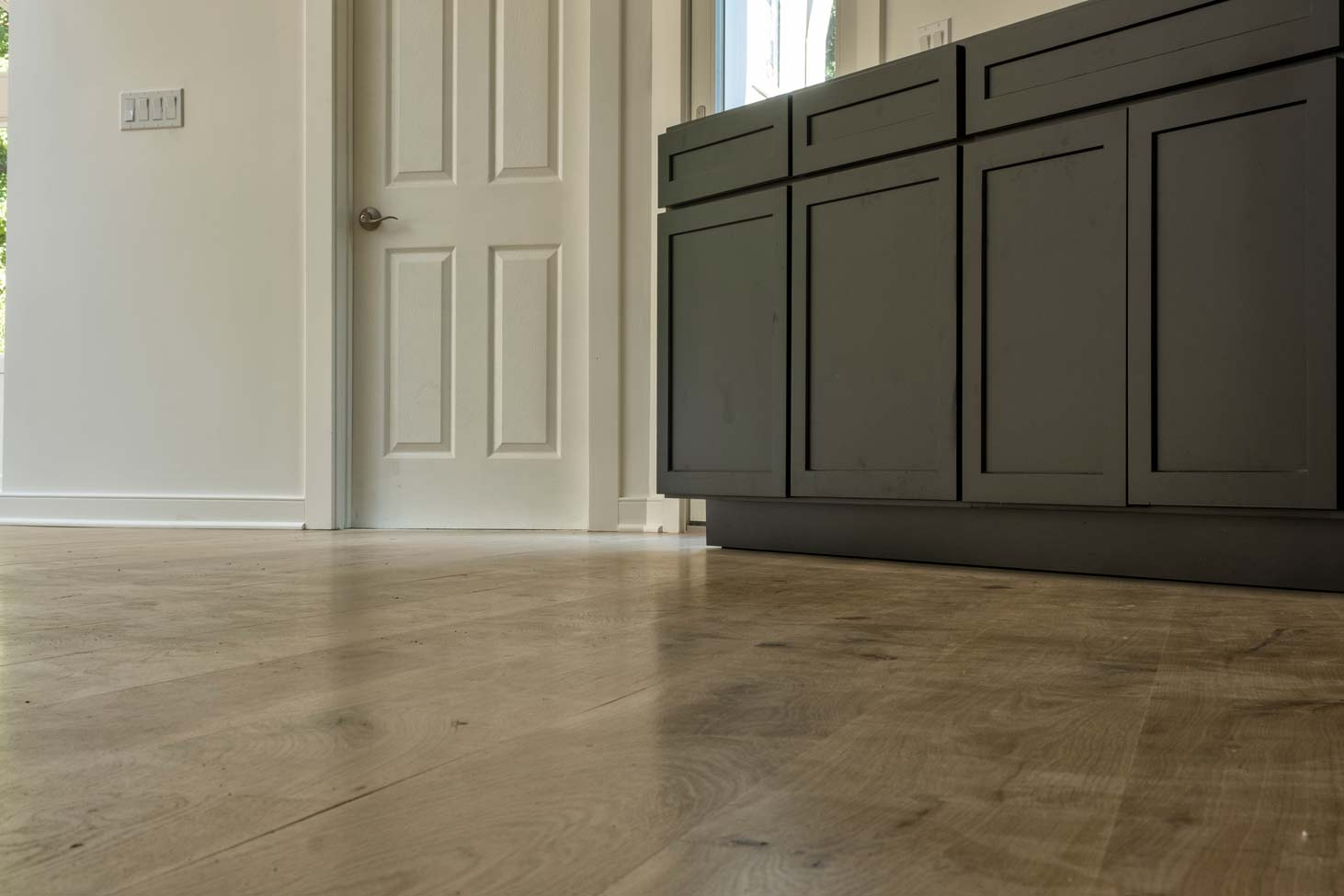 Site Finished-wide-plank,-French-white-oak